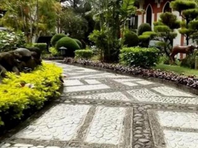 royal-orchids-garden-hotel-condominium-garden-2-large