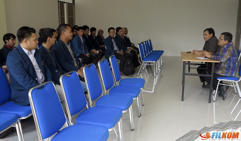 03_diskusi_asesor_dengan_mahasiswa_dan_alumni_s2_filkom