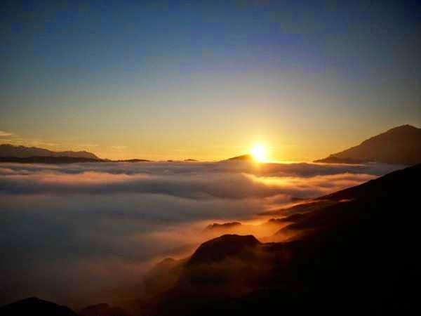 bromo-advent-sunrise